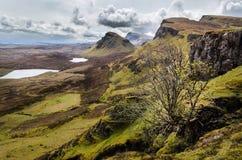 Insel von skye, Quiraing-Berg, szenische Landschaft Schottlands lizenzfreie stockfotografie