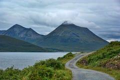 Insel von Skye von der Rassay Küste Lizenzfreies Stockbild