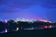 Insel von Wight-Festival-Fahrten nachts Lizenzfreie Stockbilder