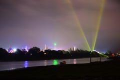Insel von Wight-Festival-Fahrten nachts Stockfotos
