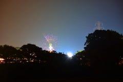 Insel von Wight-Festival-Fahrten nachts Stockfotografie