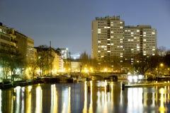Inselbrà ¼ cke Βερολίνο τη νύχτα Στοκ Εικόνες