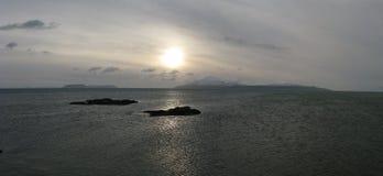 Inseln des Rums und des Canna von der Insel von Skye, Schottland Stockfotos