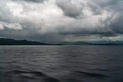 Inseln gesehen vom Schiff in Meer lizenzfreie stockfotos