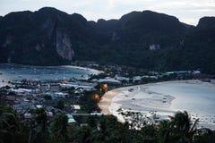 Inseln im Meer in Thailand sind unterschiedlich und schön, unbewohnt stockfoto