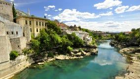 Insenatura del fiume nella città Immagine Stock Libera da Diritti