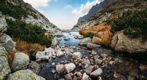 Insenatura della montagna nell'alta vista di panorama di Tatras Fotografie Stock Libere da Diritti