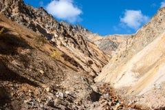 Insenatura nel passo di montagna Fotografia Stock Libera da Diritti