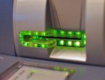 Inserter do cartão de ATM Imagens de Stock