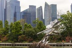 Inseto e skyline de aço, Singapura Foto de Stock Royalty Free