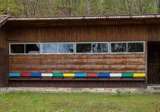 Insetto variopinto della scatola dell'alveare di legno della casa dell'ape dell'alveare Fotografie Stock