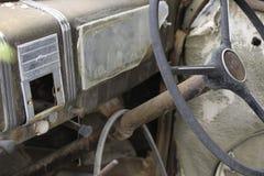Insid rdzewiał samochód Łamającego wzgórze NSW Aust Obrazy Stock