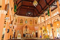 Insida av över 100 år gammal kyrka. Royaltyfri Fotografi