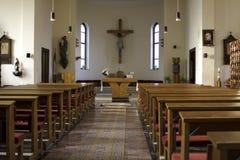 Insida av en kyrka Arkivbilder