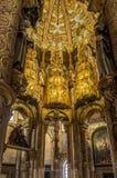 Insida av rundakyrkan i kloster av Kristus i Tomar - Portugal royaltyfri foto