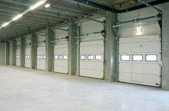 Free Inside Empy Warehouse Stock Photography - 15909952