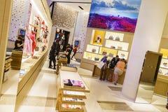 Inside widok sklep Louis Vuitton Fotografia Royalty Free