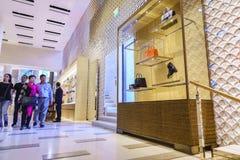 Inside widok sklep Louis Vuitton Fotografia Stock