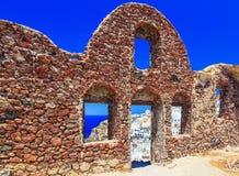 Inside widok Wenecki kasztel w Oia wiosce na Santorini wyspie, Grecja zdjęcie royalty free