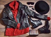 Insieme alla moda dei vestiti della donna Immagini Stock