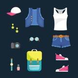 Insieme comodo casuale dell'attrezzatura di stile di sport dell'abbigliamento delle donne - illustrazione piana di vettore di sti Immagini Stock