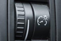 Insieme completo dell'automobile con adeguamento della direzione di un fascio di fari immagine stock libera da diritti
