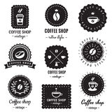 Insieme d'annata di vettore dei logo-distintivi della caffetteria Pantaloni a vita bassa e retro stile Fotografia Stock Libera da Diritti