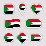 Insieme degli autoadesivi della bandiera del Sudan Distintivi sudanesi di simboli nazionali Icone geometriche isolate Il funziona illustrazione di stock