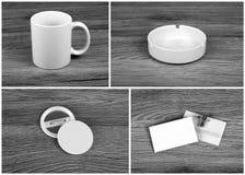 Insieme degli elementi bianchi per progettazione di identità corporativa sulle sedere di legno Fotografia Stock