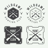 Insieme degli elementi d'annata delle etichette, di logo, del distintivo e di progettazione di caccia Fotografia Stock Libera da Diritti