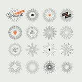 Insieme degli elementi fatti a mano di progettazione dello sprazzo di sole Fotografie Stock