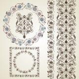 Insieme degli elementi per il disegno Pagina, confine con i fiori Immagine Stock Libera da Diritti