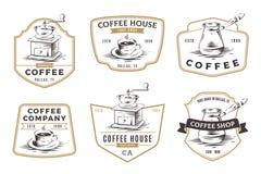 Insieme degli emblemi, dei distintivi e del logo della caffetteria isolati sulle sedere bianche Fotografie Stock