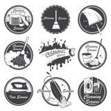 Insieme degli emblemi di servizio di pulizia royalty illustrazione gratis
