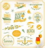 Insieme degli emblemi di vacanza e di viaggio Fotografie Stock