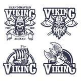 Insieme degli emblemi di vichingo illustrazione di stock