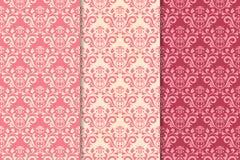 Insieme degli ornamenti floreali Modelli senza cuciture verticali rosa della ciliegia royalty illustrazione gratis