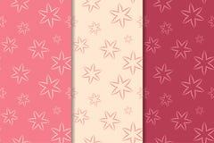 Insieme degli ornamenti floreali rossi Modelli senza cuciture verticali rosa della ciliegia illustrazione di stock