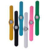 Insieme degli orologi di plastica variopinti Fotografia Stock