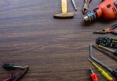Insieme degli strumenti, cassetta portautensili per costruzione, elettronico, costruente, Ca Fotografia Stock