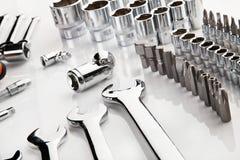 Insieme degli strumenti del cromo come fondo Immagini Stock