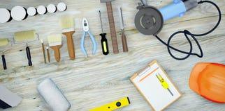 Insieme degli strumenti e delle pitture per la fabbricazione della riparazione sul fondo di legno Fotografie Stock Libere da Diritti