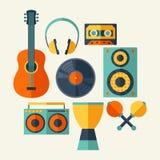 Insieme degli strumenti musicali nello stile piano di progettazione Fotografia Stock Libera da Diritti