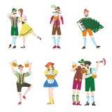 Insieme degli uomini e delle donne ai caratteri di Octoberfest in costumi nazionali Illustrazione piana di vettore per il ristora Fotografia Stock