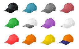 Insieme dei berretti da baseball colorati su un fondo bianco Immagine Stock Libera da Diritti