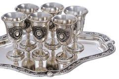 Insieme dei bicchieri di vino d'argento. Immagine Stock