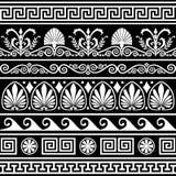 Insieme dei bordi greci antichi sul nero Fotografia Stock