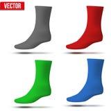 Insieme dei calzini realistici della disposizione di colori differenti a Fotografia Stock