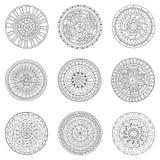 Insieme dei cerchi, elementi di scarabocchio di progettazione di logo Immagini Stock