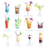 Insieme dei cocktail alcolici isolati su fondo bianco Fotografia Stock